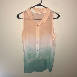 Peach, white and teal ombré sleeveless button down